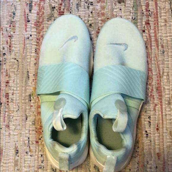 Nike Shoes - Nike Teal Sneakers NEW no box